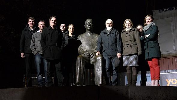 Gruppenbild im Brecht-Theater